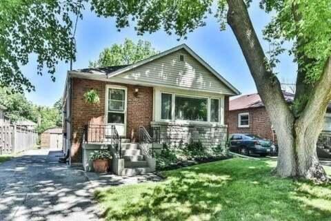 House for sale at 30 Medhurst Rd Toronto Ontario - MLS: E4914135