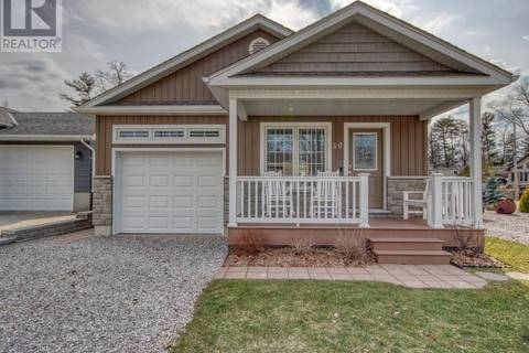 House for sale at 30 Oak St Grand Bend Ontario - MLS: 187927