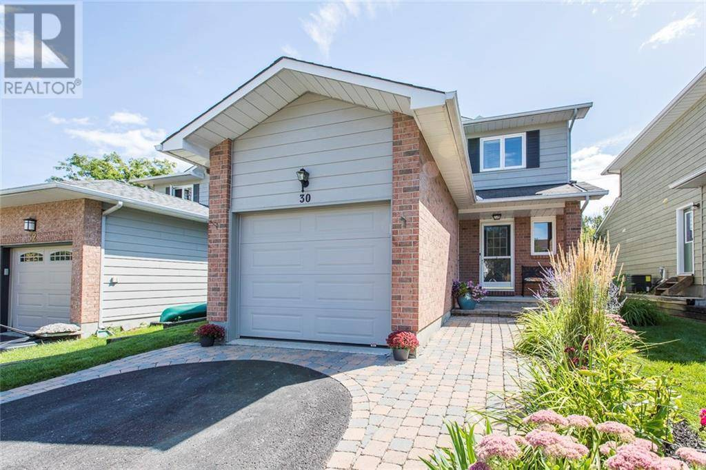 House for sale at 30 Oakfern Cres Stittsville Ontario - MLS: 1188120