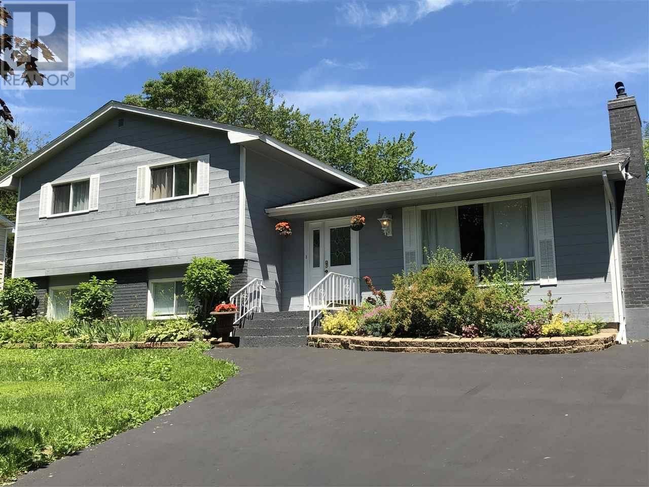 House for sale at 30 Overbrook Dr Waverley Nova Scotia - MLS: 201913153