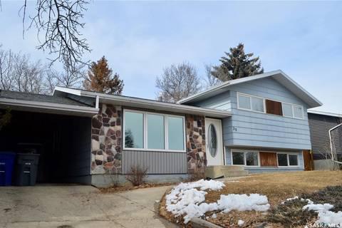 House for sale at 30 Overlord Cres Kindersley Saskatchewan - MLS: SK806370