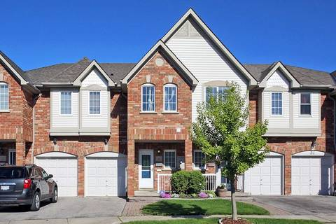 Townhouse for sale at 30 Plantation Ct Whitby Ontario - MLS: E4482636