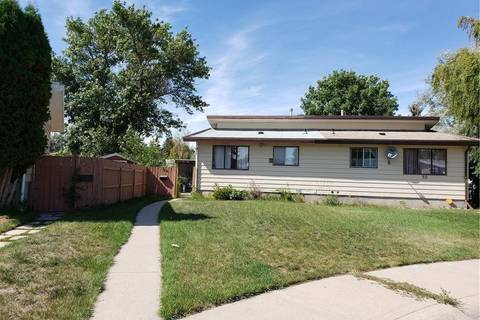 Townhouse for sale at 30 St Anne Pl N Lethbridge Alberta - MLS: LD0180066