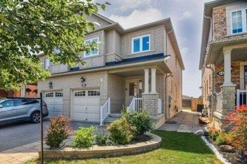 Townhouse for rent at 30 Twin Hills Cres Vaughan Ontario - MLS: N4991865