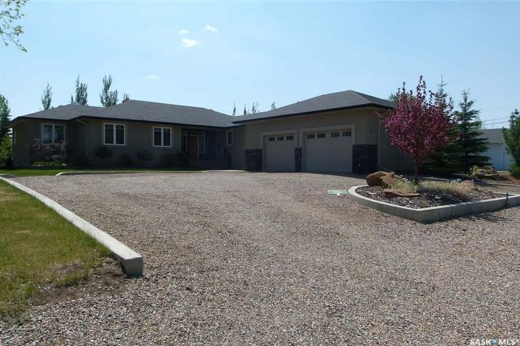 House for sale at 30 West Park Dr Battleford Saskatchewan - MLS: SK815352
