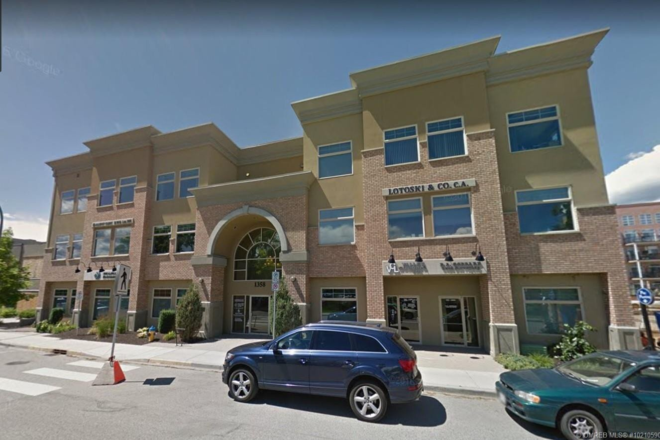 Commercial property for sale at 1358 St Paul St Unit 300 Kelowna British Columbia - MLS: 10210590