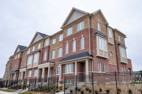 Townhouse for sale at 300 Clay Stones St Newmarket Ontario - MLS: N4419956