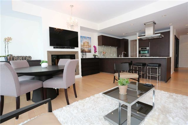 For Sale: 3003 - 180 University Avenue, Toronto, ON | 1 Bed, 2 Bath Condo for $1,388,000. See 20 photos!