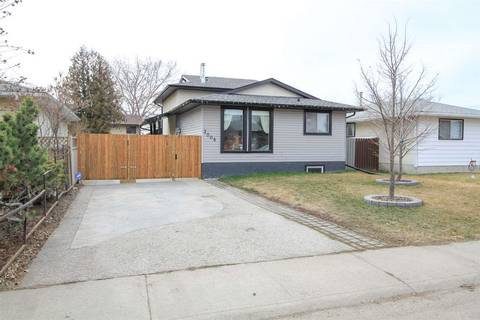 House for sale at 3008 68 St Nw Edmonton Alberta - MLS: E4153135