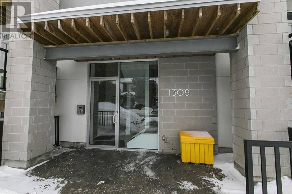 Condo for sale at 1308 Thames St Unit 301 Ottawa Ontario - MLS: 1182429