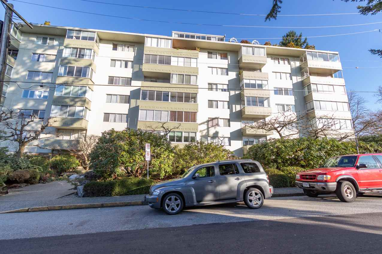 Removed: 301 - 1425 Esquimalt Avenue, West Vancouver, BC - Removed on 2020-02-29 04:45:17