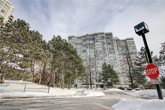 For Sale: 301 - 26 Hanover Road, Brampton, ON | 3 Bed, 2 Bath Condo for $409,900. See 20 photos!