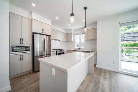 Townhouse for sale at 3021 St George St Unit 301 Port Moody British Columbia - MLS: R2465467