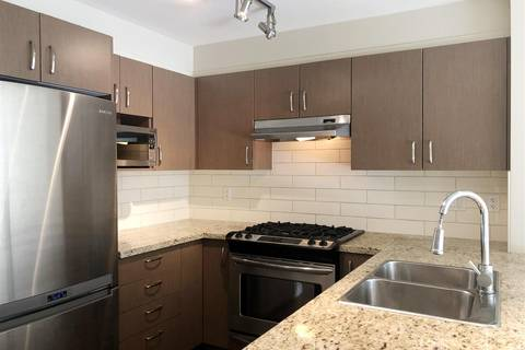 Condo for sale at 3105 Lincoln Ave Unit 301 Coquitlam British Columbia - MLS: R2331740
