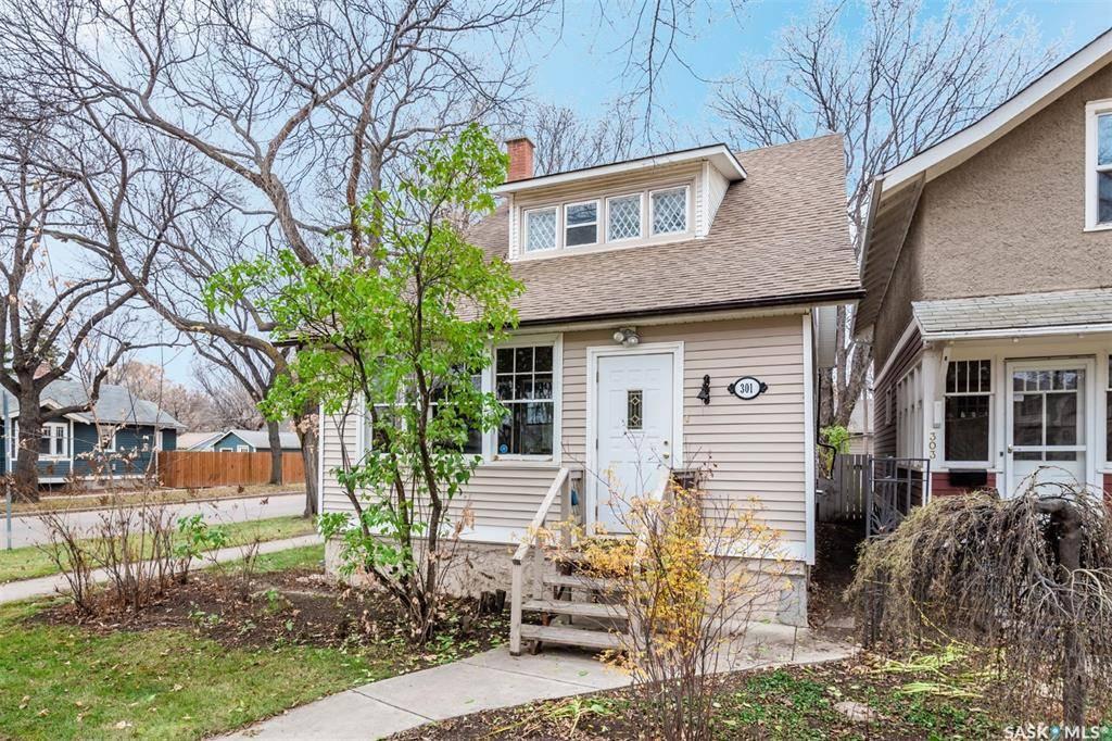 House for sale at 301 32nd St W Saskatoon Saskatchewan - MLS: SK790293