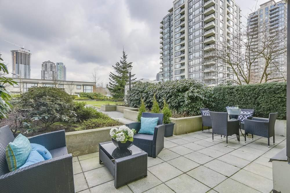 Sold: 301 - 4178 Dawson Street, Burnaby, BC