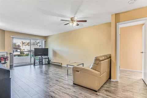 Condo for sale at 5350 Victory St Unit 301 Burnaby British Columbia - MLS: R2402620