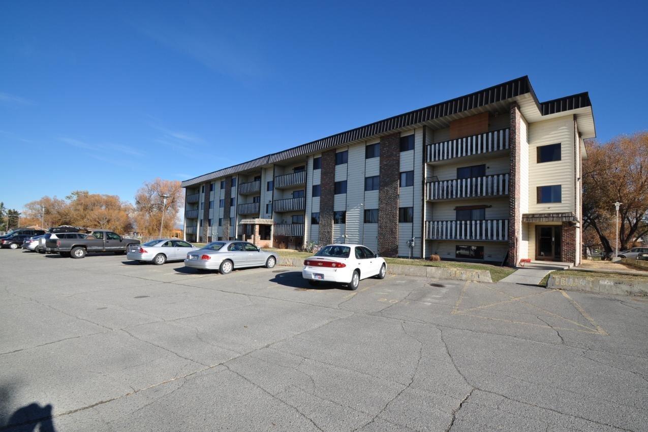 Condo for sale at 606 18th Ave N Unit 301 Cranbrook British Columbia - MLS: 2455297