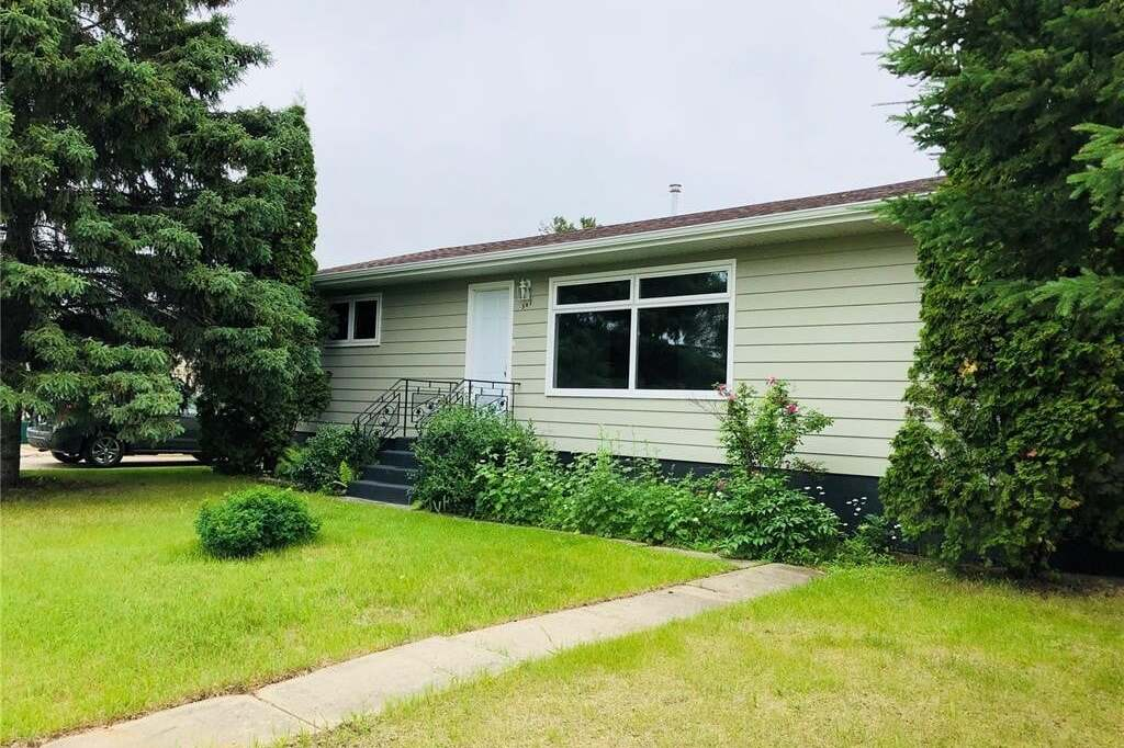 House for sale at 301 6th St N Nipawin Saskatchewan - MLS: SK809533