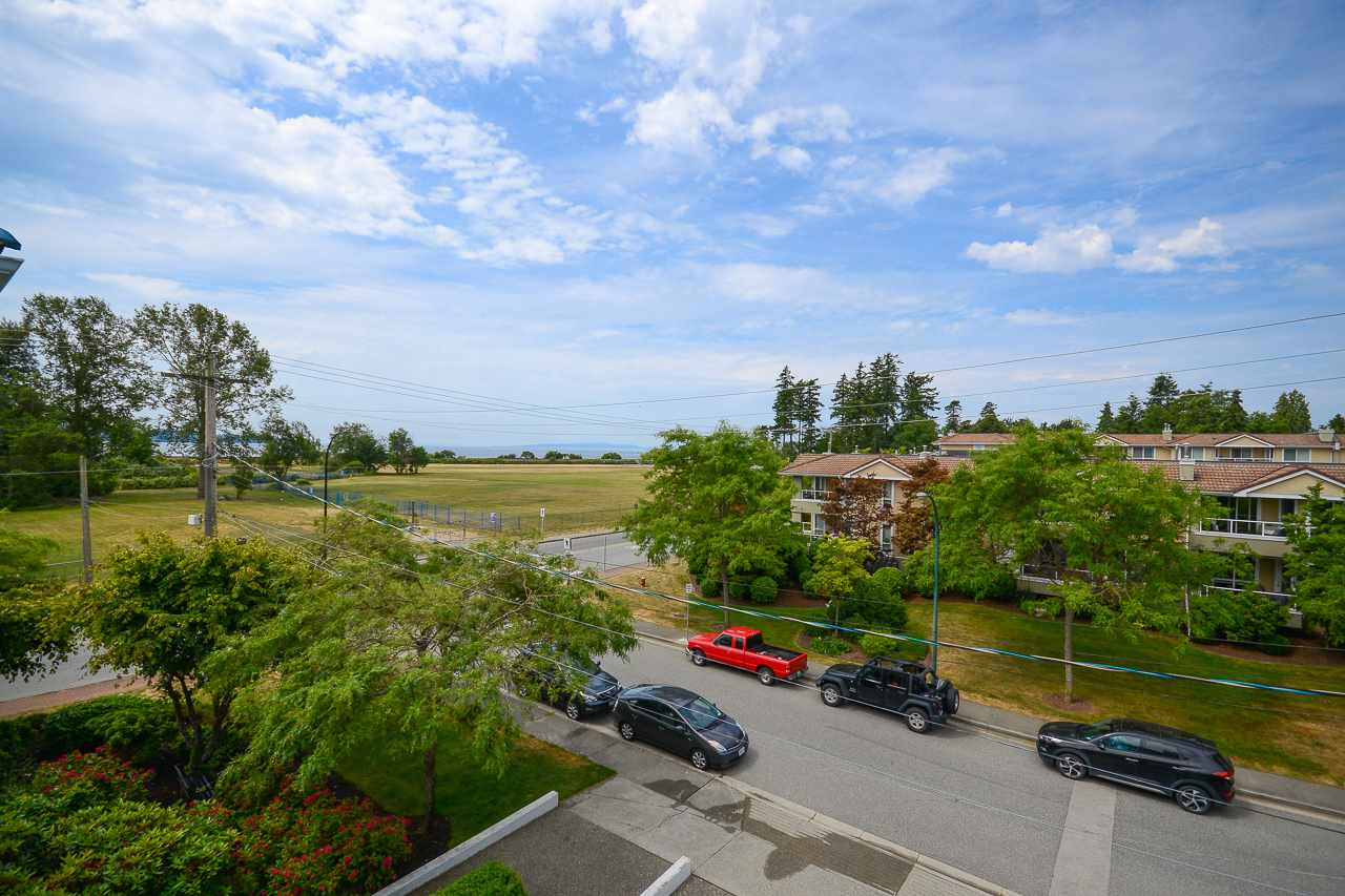 For Sale: 301 - 820 Habgood Street, White Rock, BC | 2 Bed, 2 Bath Condo for $629,900. See 20 photos!