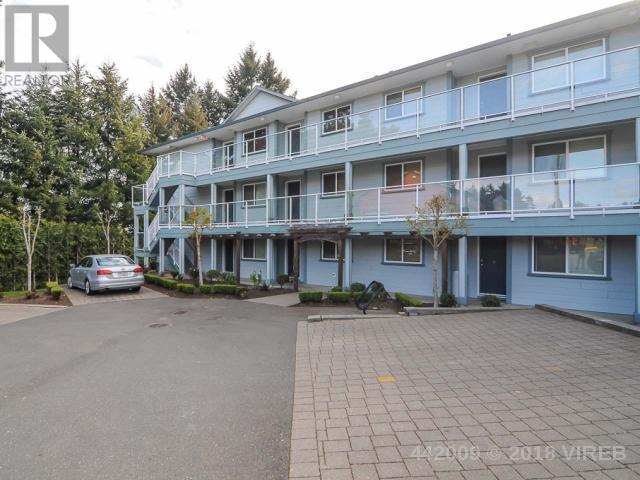 For Sale: 301 - 840 Shamrock Place, Comox, BC   2 Bed, 1 Bath Condo for $259,900. See 13 photos!