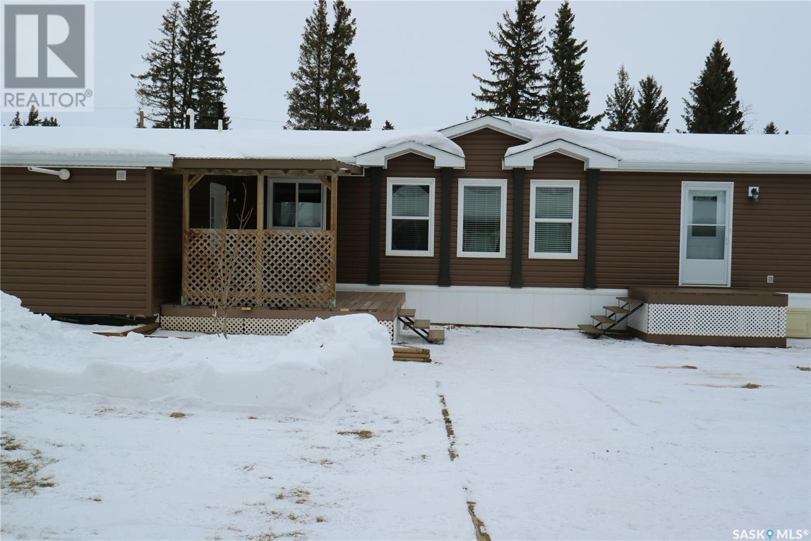 Home for sale at 301 8th St Star City Saskatchewan - MLS: SK834648
