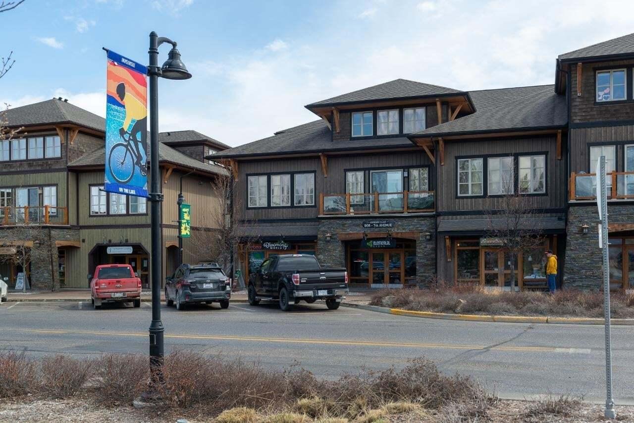 Condo for sale at 905 7th Avenue  Unit 301 Invermere British Columbia - MLS: 2451605