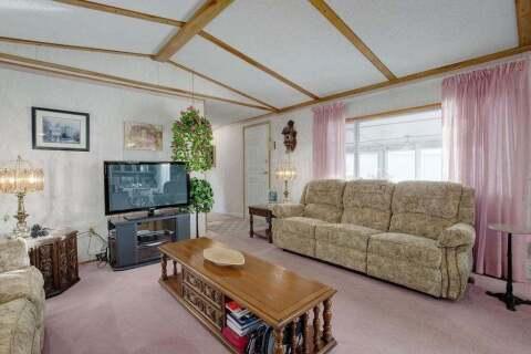 House for sale at 301 Burroughs Circ Northeast Calgary Alberta - MLS: C4297381