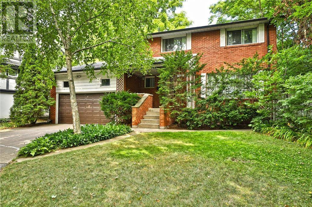 Residential property for sale at 301 Lakeshore Rd West Oakville Ontario - MLS: 30754636