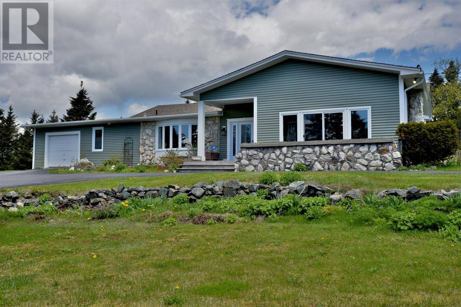 House for sale at 301 Witch Hazel Rd St. Philip's Newfoundland - MLS: 1204950