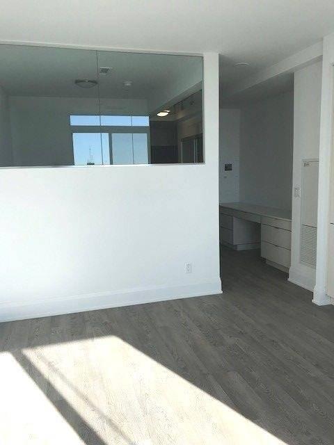 Apartment for rent at 101 Erskine Ave Unit 3011 Toronto Ontario - MLS: C4670824