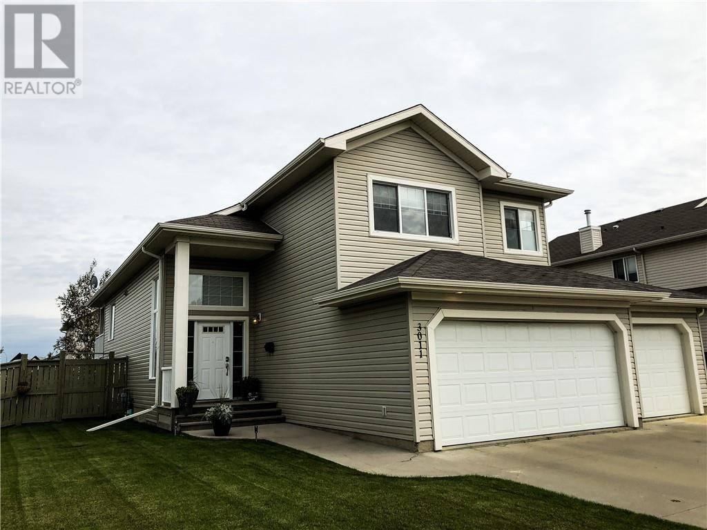House for sale at 3011 67 St Camrose Alberta - MLS: ca0177585