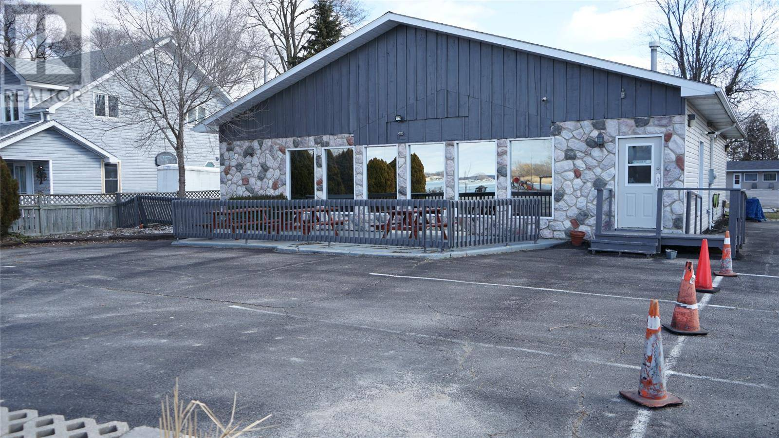 Commercial property for sale at 30115 St Clair Pw Chatham-kent Ontario - MLS: 20002355