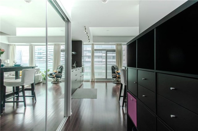 For Sale: 3012 - 14 York Street, Toronto, ON | 1 Bed, 1 Bath Condo for $489,000. See 20 photos!