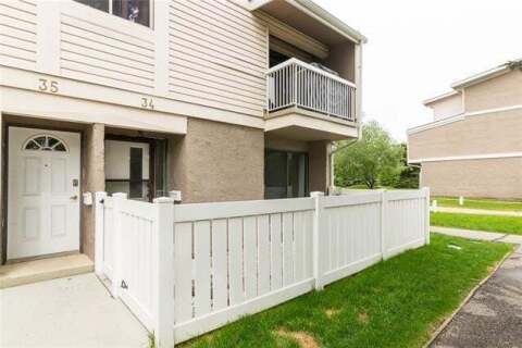 Townhouse for sale at 3015 51 St SW Calgary Alberta - MLS: C4302250