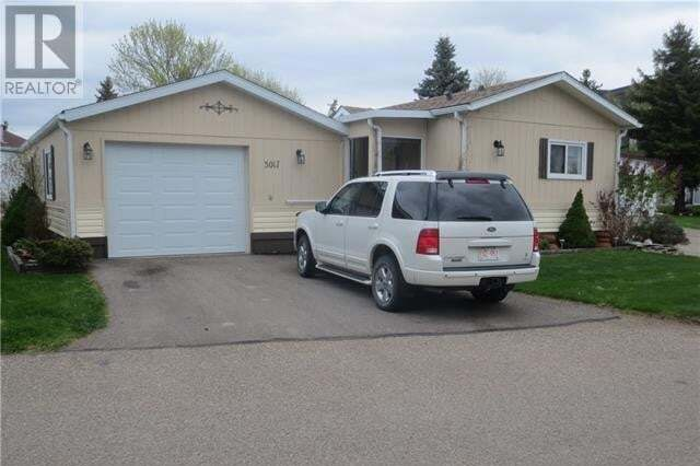 Home for sale at 3017 31 St S Lethbridge Alberta - MLS: ld0193946