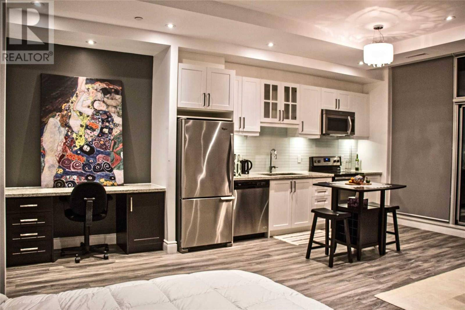 Apartment for rent at 1003 Queen St East Unit 302 Toronto Ontario - MLS: E4651142