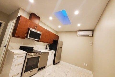 Townhouse for rent at 1022 Bloor St Unit 302 Toronto Ontario - MLS: C4978250