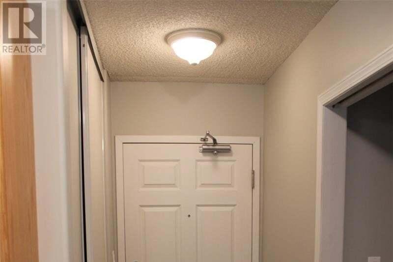 Condo for sale at 104 5th St Unit 302 Weyburn Saskatchewan - MLS: SK826777