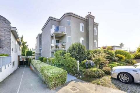 Condo for sale at 15130 Prospect Ave Unit 302 White Rock British Columbia - MLS: R2495212