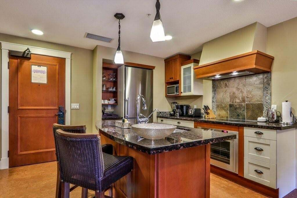 Condo for sale at 191 Kananaskis Wy Unit 302 Bow Valley Trail, Canmore Alberta - MLS: C4292980