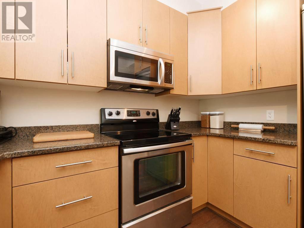 Condo for sale at 21 Conard St Unit 302 Victoria British Columbia - MLS: 414030