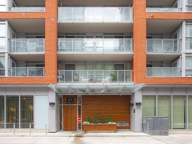 Sold: 302 - 21 Nelson Street, Toronto, ON