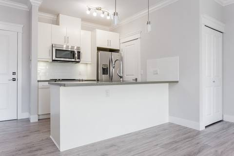 Condo for sale at 2229 Atkins Ave Unit 302 Port Coquitlam British Columbia - MLS: R2379695