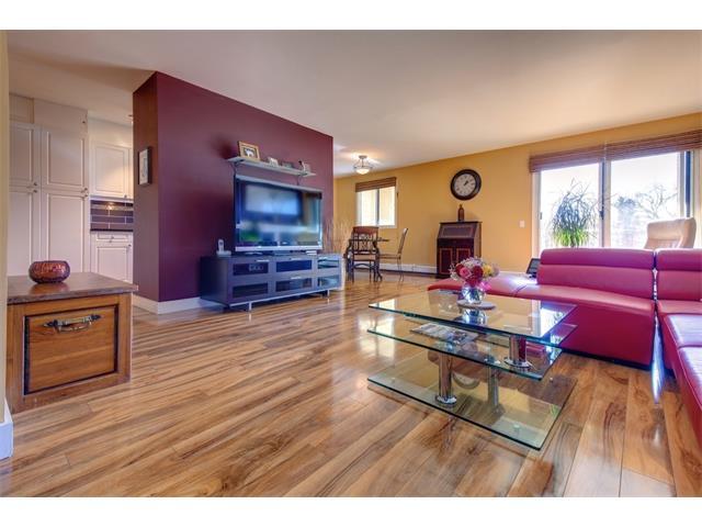 Sold: 302 - 305 25 Avenue Southwest, Calgary, AB