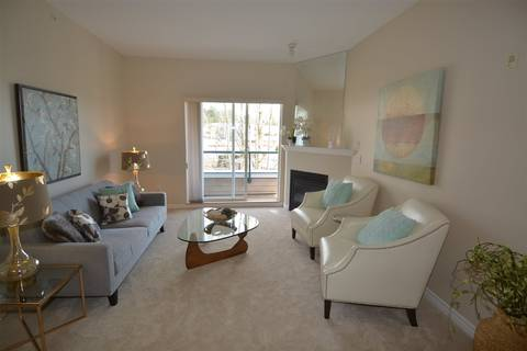 Condo for sale at 3151 Connaught Cres Unit 302 North Vancouver British Columbia - MLS: R2355822