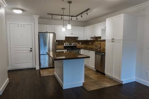 Condo for sale at 33478 Roberts Ave Unit 302 Abbotsford British Columbia - MLS: R2435660