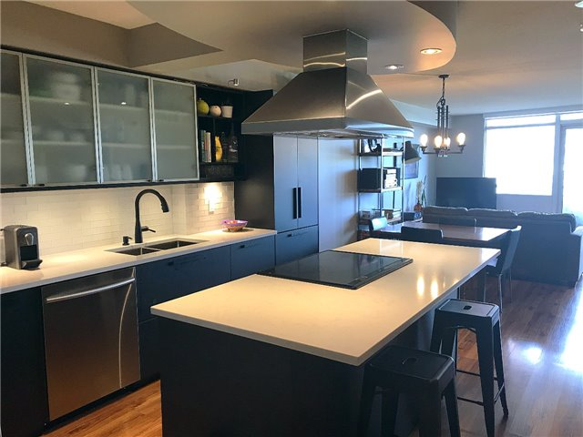 Removed: 302 - 550 Queens Quay West, Toronto, ON - Removed on 2018-08-14 09:57:05