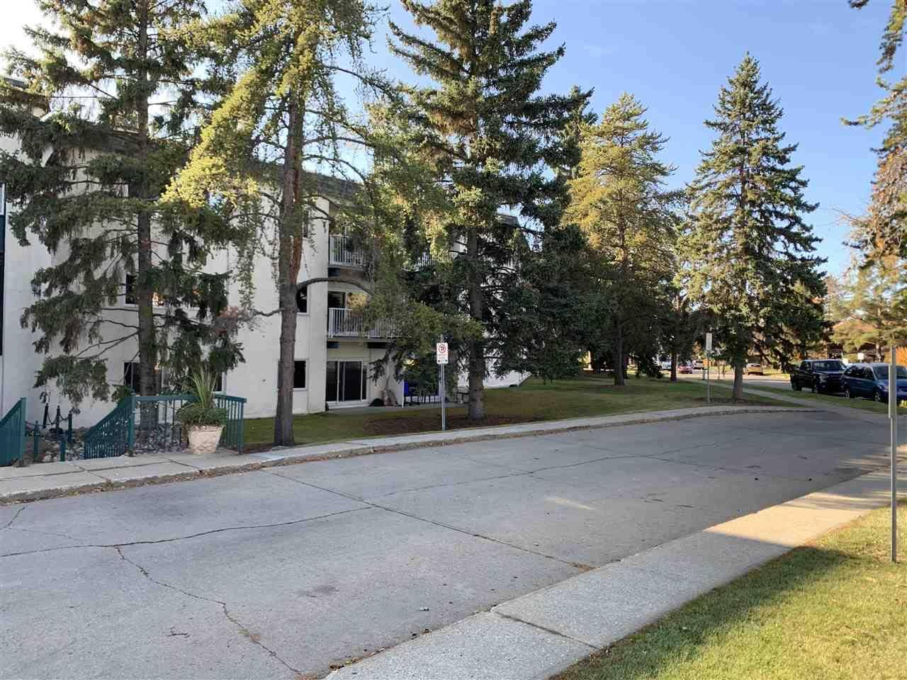 Condo for sale at 5730 Riverbend Rd Nw Unit 302 Edmonton Alberta - MLS: E4177527