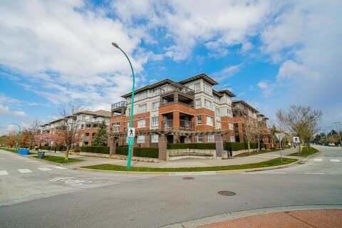 Condo for sale at 6815 188 St Unit 302 Surrey British Columbia - MLS: R2457530